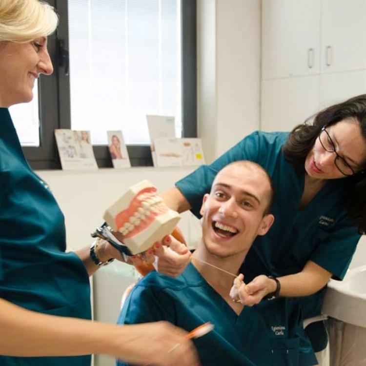 Pulizia dei denti | Igiene orale a Montagnana | Clinica Dentale Mantoan